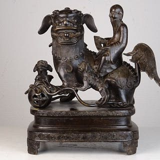 Censer as immortal riding a foo lion - Bronze - China - 17th century