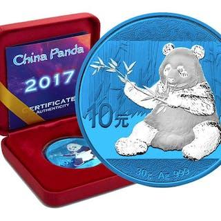 China - 10 Yuan 2017 Panda Space Blue Edition in Box und CoA - Silber