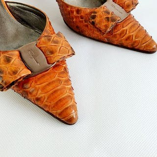 Salvatore Ferragamo - snake-skin-print  tacchi alti