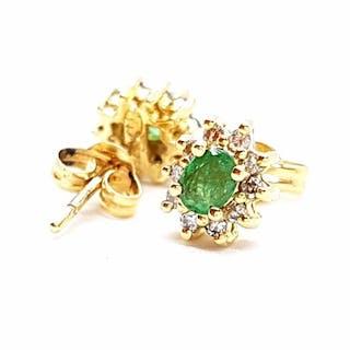 e4507941f8cac emerald earrings | Barnebys