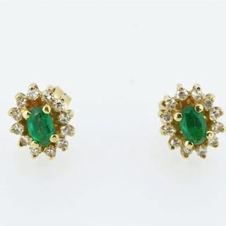 b5f344de1ca0e emerald earrings | Barnebys