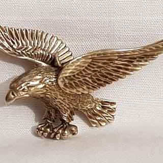 14 kt Gold - 14-kr-Goldanhänger in Form eines fliegenden Adlers.