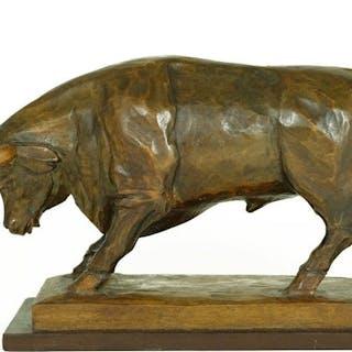 Artis - Wooden sculpture of an attacking bull - ca. 1925