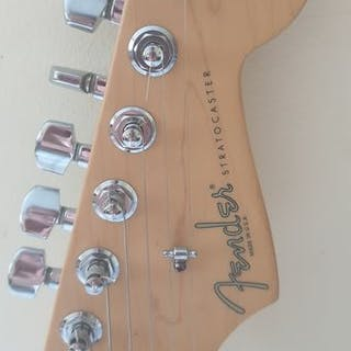 Fender - Stratocaster 50th Anniversary - Guitare Solid body - États-Unis - 2004
