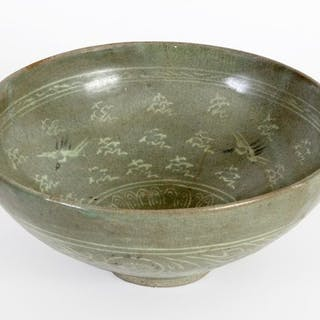 Bowl - gray-green ceramics decorated with powder...