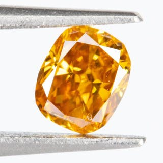 Diamond - 0.23 ct - Natural Fancy VIVID Orange-Yellow - SI1*NO RESERVE*