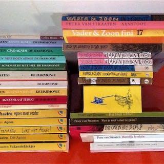 Peter van Straaten - Lot met 30 boeken van deze...