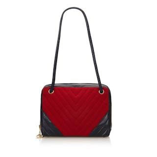 Chanel - Chevron Chemical Fiber Shoulder Bag Shoulder bag