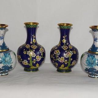 Vasen (4) - Cloisonne Emaille - China - Zweite Hälfte des 20. Jahrhunderts
