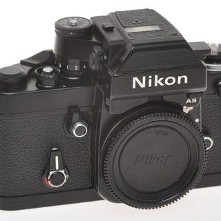 Nikonbody of F2 black 7792244 with Photomic DP-12 (AS) in superb condition