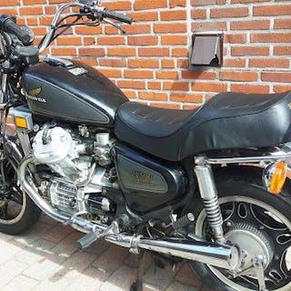 Honda - CX 500 Custom - 500 cc - 1982
