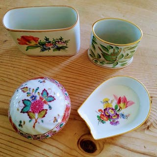 Herend, Meissen - Deckeldose, Vasen, Aschenbecher (4) - Porzellan