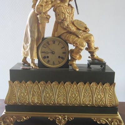 Pendule - Bronze doré - XIXe siècle