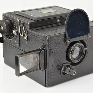 Houghton-Butcher (Ensign) 1928HOUGHTON-BUTCHER'ENSIGN SLR Reflex'120 Camera.