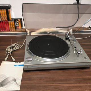 Philips - F7122 - Turntable