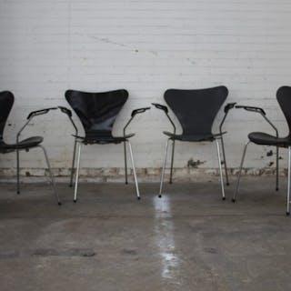 Arne Jacobsen - Fritz Hansen - Set mit 4 Schmetterlingsstühlen