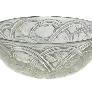 René Lalique (1860-1945), a clear and frosted glass bowl 'Pinsons'