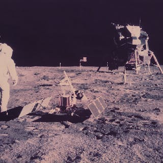 Nasa. Mission Apollo 11. Belle perspective montrant le théâtre de