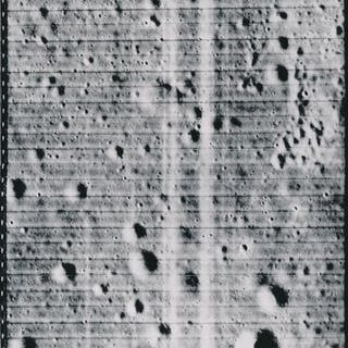 Nasa. Sonde LUNAR ORBITER 3. Vue du sol lunaire. Le programme LUNAR