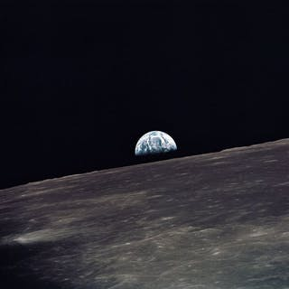 NASA. GRAND FORMAT. Mission Apollo 10. Une belle vue de la Terre se