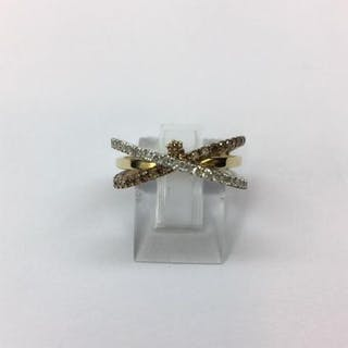 Bague En Or jaune composée de 51 diamants blanc et caramel pour 0.50