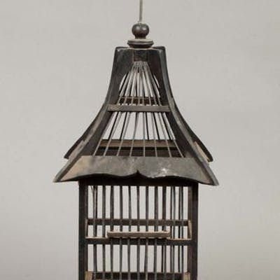 Cage en bois naturel peint Asie du Sud Est Deuxième moitié du XXe
