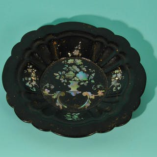 The Tattooist Leslie - Antique Black Lacquer Paper Mache Bowl