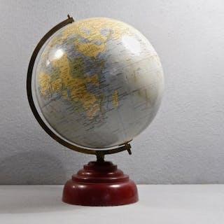 "The ""Paramount"" Globe, Geographia, circa 1965"