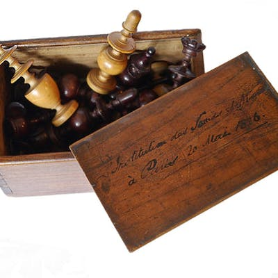 Régence Chess Set, Inscribed, Paris, 1826
