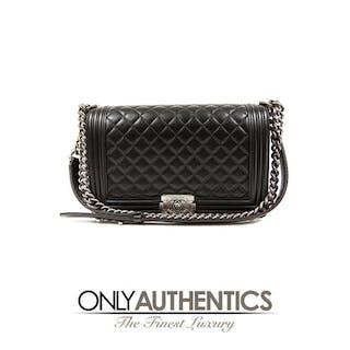 d3c51bb6e306 Chanel boy – Auction – All auctions on Barnebys.com