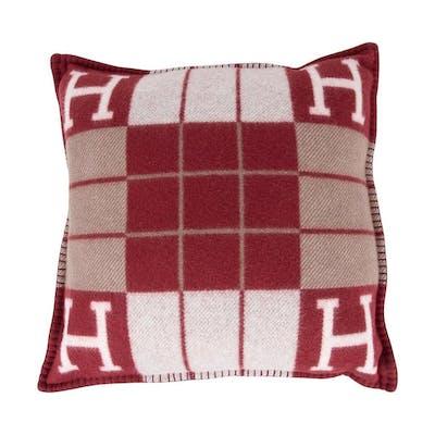 hermes cushion avalon iii ecru rouge h small model throw pillow