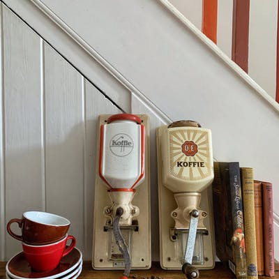 Dutch Vintage Wall Mounted Coffee Grinder (cream, red and black)