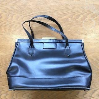Jacqueline Kennedy handbag