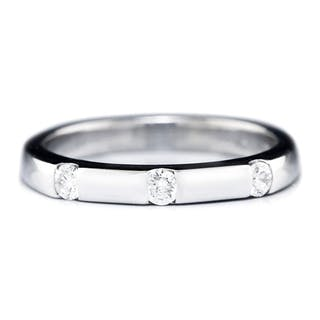 White Gold Straight Wedding Band with 3 Diamonds 14K .20ctw