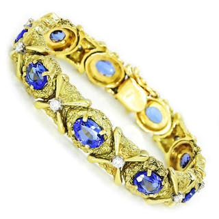Vintage Tanzanite Bracelet with Diamonds 18K Yellow Gold 12.15ctw