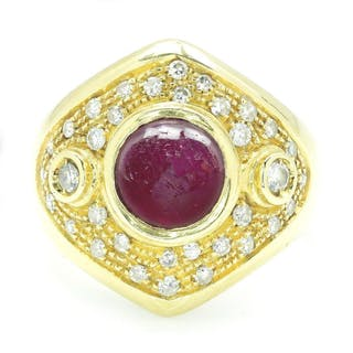 Vintage Cabochon Ruby Ring with Diamonds 18K Gold 2.84ctw