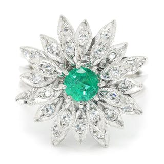 Vintage Emerald Flower Ring with Diamonds White Gold
