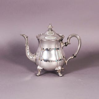 The Punk Lance - Vintage scalloped edge silver teapot