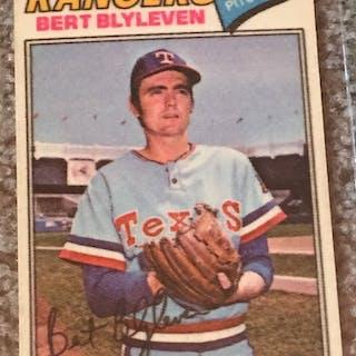 1977 TOPPS CLOTH INSERT PATCH BREAK Near Mint: BLYLEVEN #5 HOF