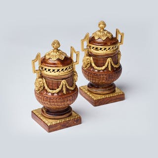 A pair of fine oriental onyx vases