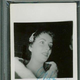 "Elizabeth Taylor Signed Original 2.5"" x 3.5"" Photograph (PSA/DNA Encapsulated)"