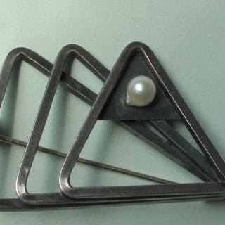 Mid 20th century Modernist natural Pearl & sterling silver fish brooch