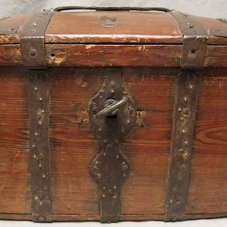Swedish Travel Chest – 18th Century – A4BL