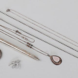 Group of (6) sterling silver accessories. FR3SH