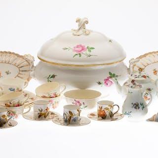 tea cups | Barnebys