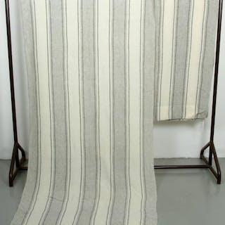 2 st. Vävda Draperier - 101 x 246 cm