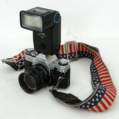 Kamera & Blixt - Canon AE-1 - Vivitar