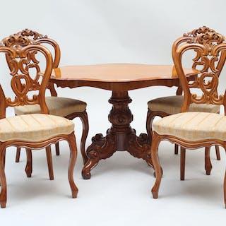 Stolar 4 stycken samt salongsbord