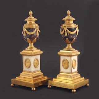 Casoletter ett par, Louis XVI stil, 1800-tal
