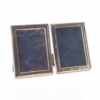 Två ramar i silver